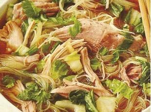 slow-cooker-pork-with-noodles