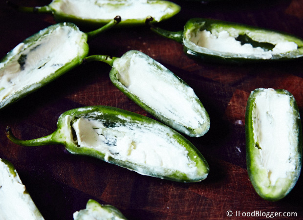 Stuffed-Jalapenos-Smoked-Grill-Cream-Cheese