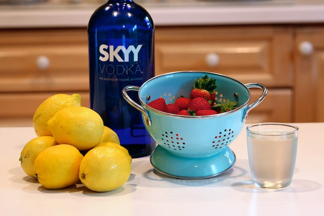 stawberry lemonade vodka 1