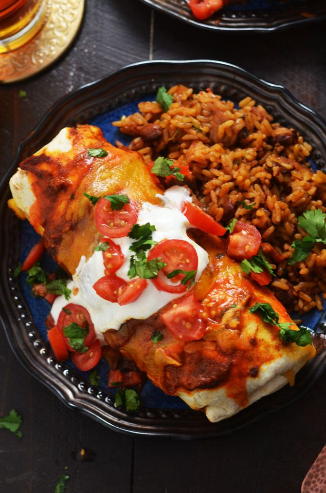 Slow-Cooker-Smothered-Beef-Burritos5